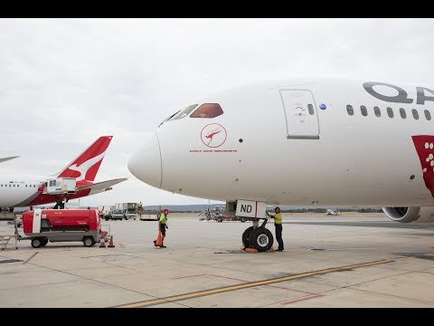 Qantas connects Perth-London for first time