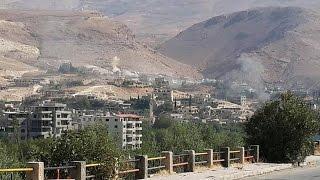 أخبار عربية: اتهامات للنظام بقصف وادي بردى بالنابالم الحارقة