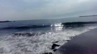 Волны атлантического океана. Г. Порту.