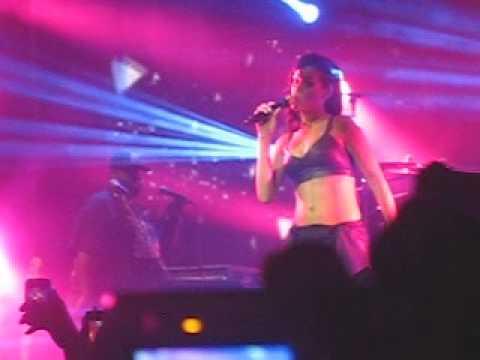 What's My Name?- Rihanna (777 Tour, Mexico City)