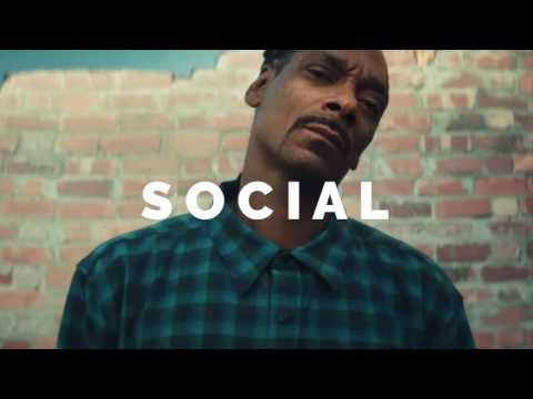 Eminem  Bitch please II ft Dr Dre & Snoop Dogg