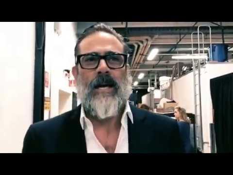 Jeffrey Dean Morgan walks to the Talking Dead set