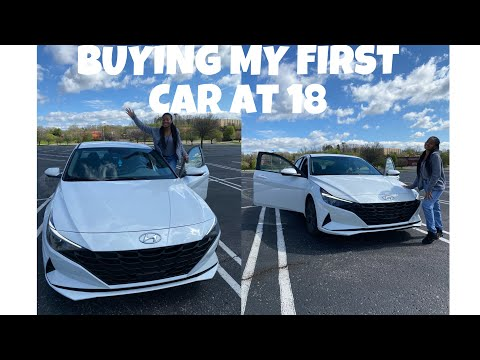 BUYING MY FIRST CAR AT 18 | CAR TOUR