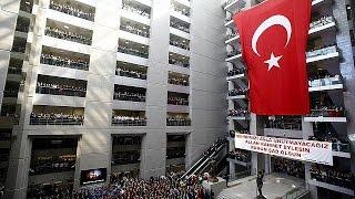 Турция: арестованы 22 человека, подозреваемые в причастности к захвату заложника в суде