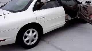 1999 Oldsmobile Aurora 7