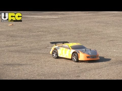 Exceed 1/8th Super Mad Drift first drive,...