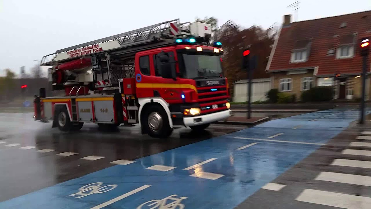 Vestegnens Brandvæsen På Vej Til Rødovre Centrum Youtube