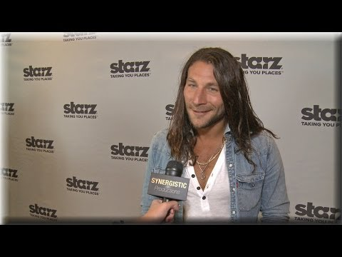 Zach McGowan - Learning About The Real Charles Vane - Black Sails