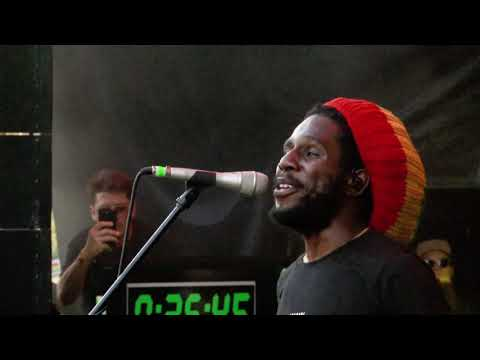 Chronixx - Skankin' Sweet (Live at Jamming Festival 2019)