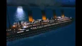 Titanic La película animada escena del iceberg y el hundimiento