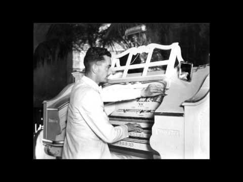 Reginald Dixon Live - Waltz Medley