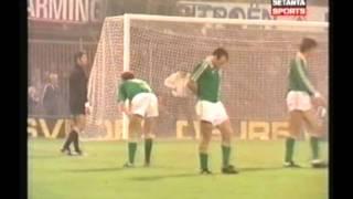 1981 (September 9) Holland 2-Republic of Ireland 2 (World Cup Qualifier).avi