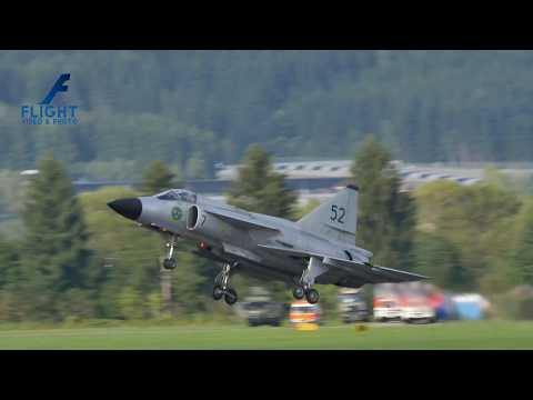 SAAB AJS-37 Viggen of Swedish Air Force Historic Flight SE-DXN at AirPower 2016 in Zeltweg 4K