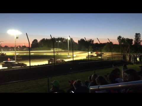 A-modified Memorial Day weekend heat 1 at Central Missouri Speedway