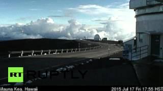 Video Aloha, summer! Snowstorm hits Hawaiian volcano (TIMELAPSE) download MP3, 3GP, MP4, WEBM, AVI, FLV Januari 2018