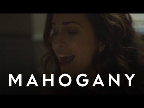 Rae Morris - Closer // Mahogany Session