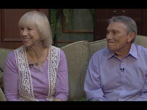 The Good Life - Neil & Jamie Lash,  and Violinist Maurice Sklar