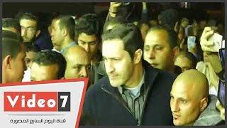 علاء مبارك يحضر عزاء والد أبو تريكة فى ناهيا