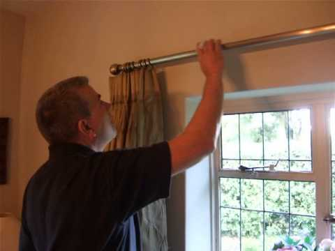 Cleaning a Sticky Curtain Pole to Make Curtains Run Smoothly