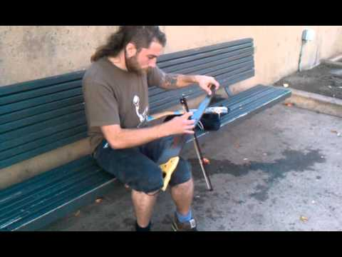Playing A Saw : guy playing music on a hand saw in balboa park san diego youtube ~ Hamham.info Haus und Dekorationen