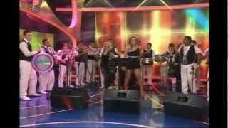 COSAS DEL AMOR ( VERSIÓN SALSA) - VERNIS & LUCIA DE LA CRUZ.wmv