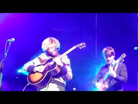 Kings of Convenience - Scars on Land [Bogotá 11/27/11]