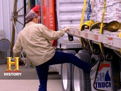 Download Big Rig Bounty Hunters:Michael and Chad Find the Shingles Load (S2, E10) | History