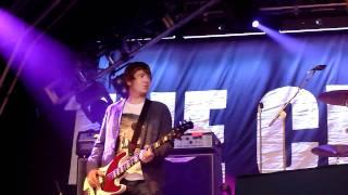 "The Charlatans ""Impossible"" live @ Wychwood Festival, Cheltenham, 3rd June 2011"