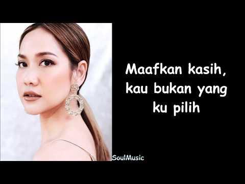 Bunga Citra Lestari - Memilih Dia (Lyrics)
