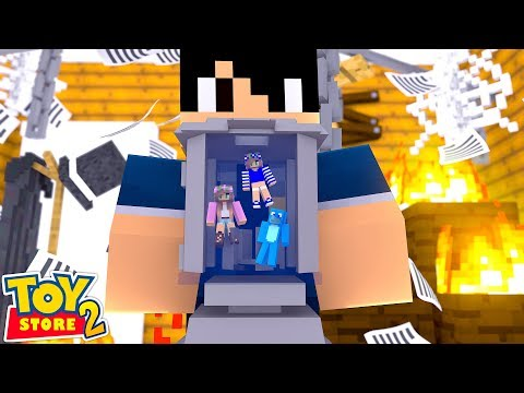 THE SECURITY GUARD CATCHES THE TOYS COMING TO LIFE! Minecraft TOY STORE S2 w Sharky and Little Kellt