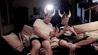 Die Island Wette - Kein Spaß, immer mit Helm!