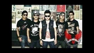 Download lagu Five Minutes   Di Relung Hati