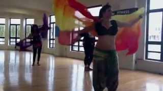 Danza con velo. Musica de Amr Diab - Wala Ala Balo عمرو دياب - ولا علي باله