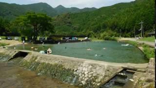 三重県紀宝町を流れる相野谷川にある河川プール。そのタイムラプス動画...