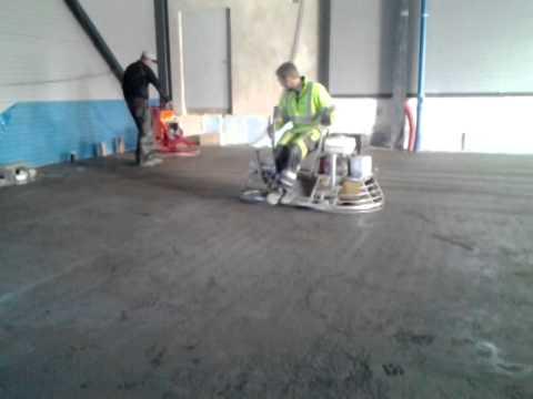 Pussing av betonggulv