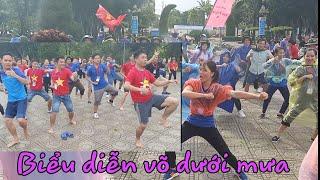 Biểu diễn võ dưới mưa - Trại huấn luyện Kỹ năng công tác Đoàn - Đội tỉnh Nghệ An năm 2019