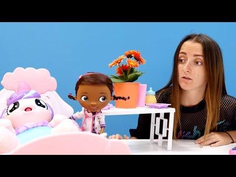 Игра в доктора. Видео для детей. Больничка. Лечим. Игрушки. Детский канал Арина и Николь.