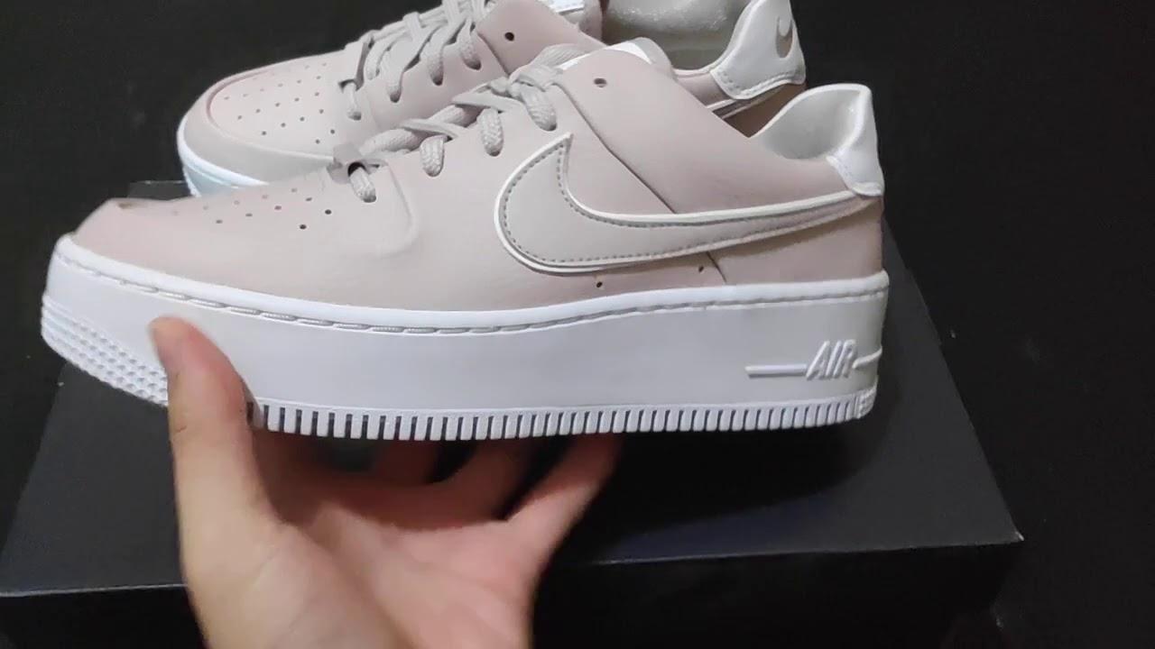 Quick Look : Nike Air Force 1 Sage Low Platinum Violet
