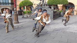 海賊たちのカッコ良いダンスとついていけないジャンジャック【海賊グリーティング】
