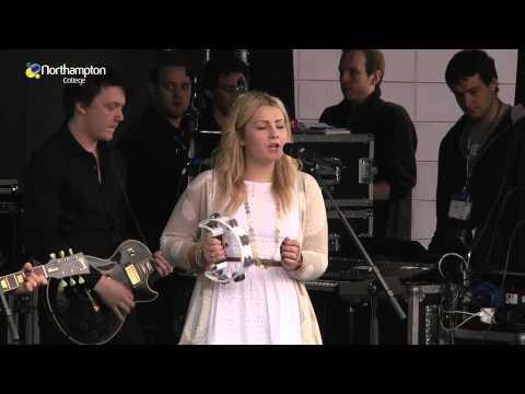 Tusk peform live at Northampton College FE-stival