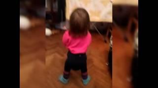 Танец попой)