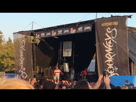 Futuristic - 2017 Vans Warped Tour Shoreline Amphitheater Mountain View, CA 8/4/2017