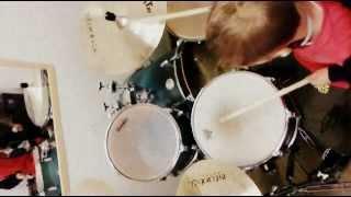 Обучение детей в школе барабанов ШУМ