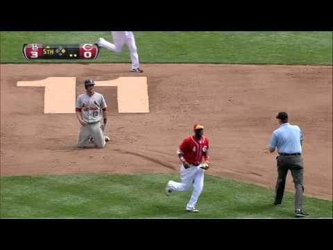 2012/08/26 Hanigan throws out Carpenter