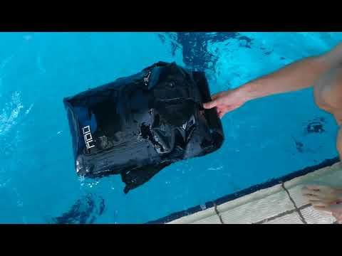 The Riviera I Best World's Waterproof backpack - Immersion Test N1