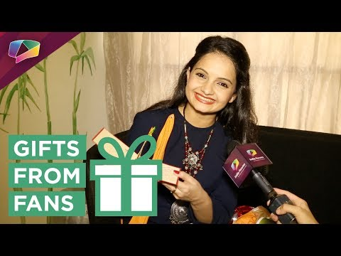 Giaa Manek Receives Gifts From Her Fans | Exclusive | Gift Segment