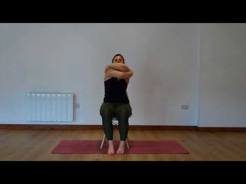 Yoga Osteo Between The Shoulder Blades Stretch