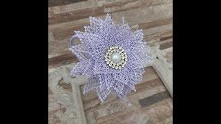 Arco feito com flor em guipir por Janaína Gonçalves Moça Bulita Kids