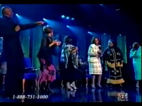 The Clark Sisters, Kim Burrell, & Donnie McClurkin - I Expect A Miracle