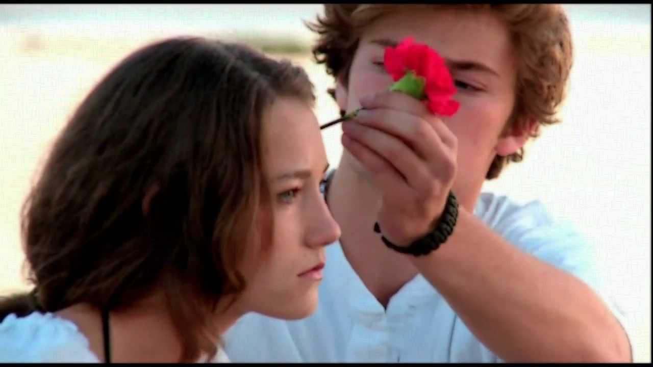 Finnick Odair & Annie Cresta | I Wont Give Up On Us - YouTube
